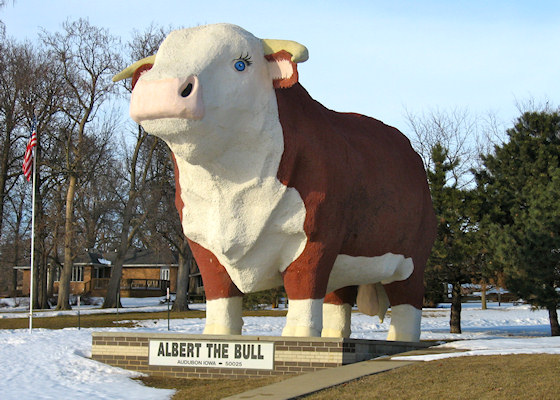 Albert the Bull (Audubon, Iowa)