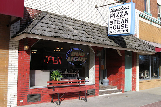 Riverbend Pizza and Steak House (Keosauqua, Iowa)