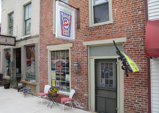 Kernel Cody's Popcorn Shop (Le Claire, Iowa)