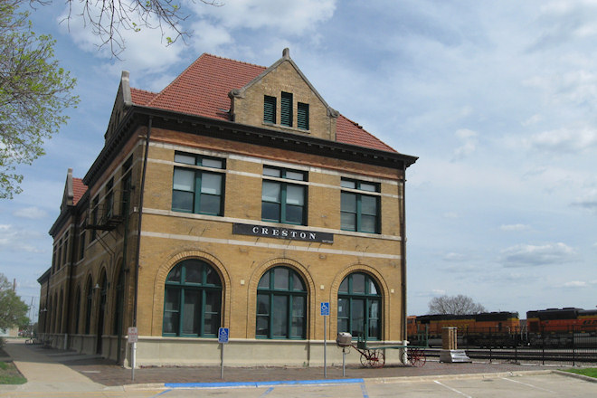 Train Depot (Creston, Iowa)