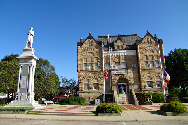 Shelby County Courthouse (Harlan, Iowa)