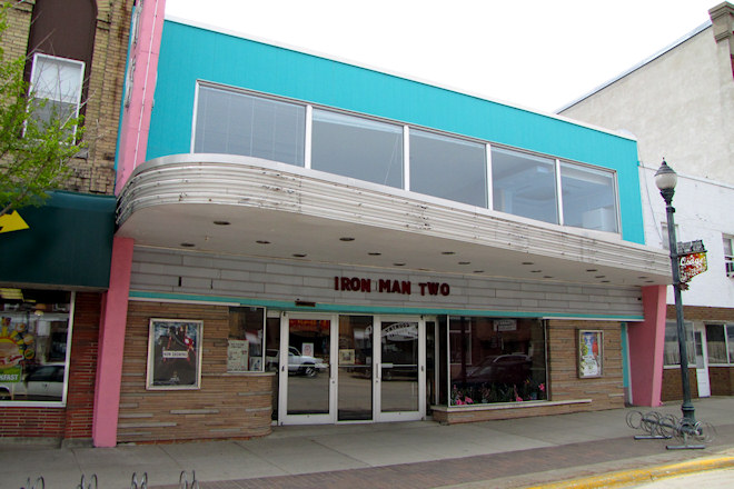 Watts Theatre (Osage, Iowa)