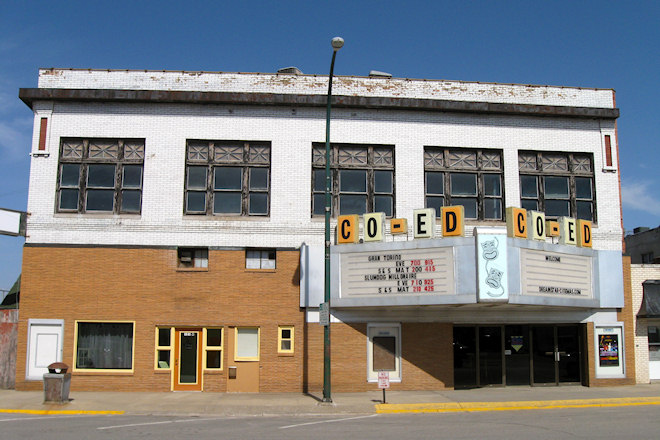 Co-Ed Theatre (Fairfield, Iowa)