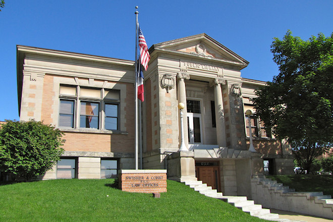 West Carnegie Library Building (Waterloo, Iowa)