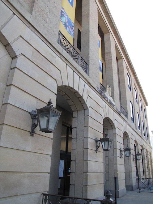 Public Library (Waterloo, Iowa)