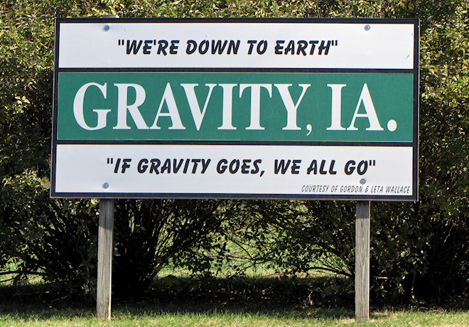 Welcome Sign (Gravity, Iowa)