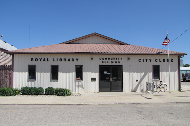 Community Building (Royal, Iowa)