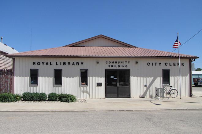 Community Building (Royal, Iowa)
