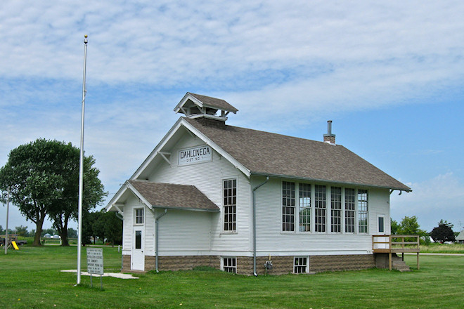 Dahlonega School (Near Ottumwa, Iowa)