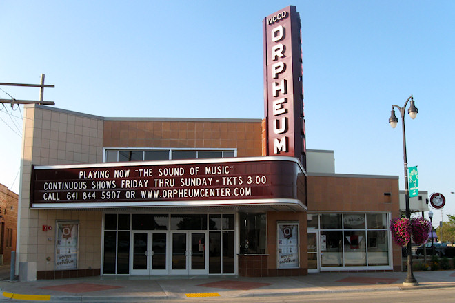 Orpheum Theater Center (Marshalltown, Iowa)