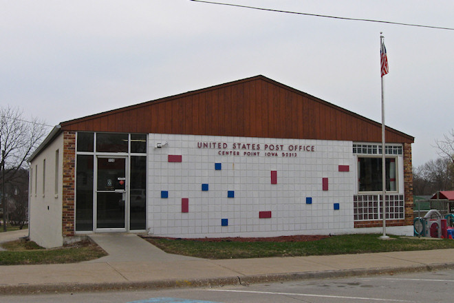 Post Office 52213 (Center Point, Iowa)