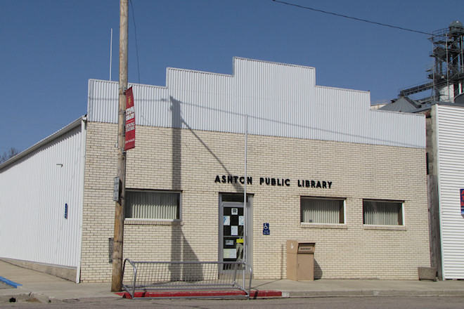 Public Library (Ashton, Iowa)