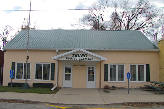 Public Library (Truro, Iowa)