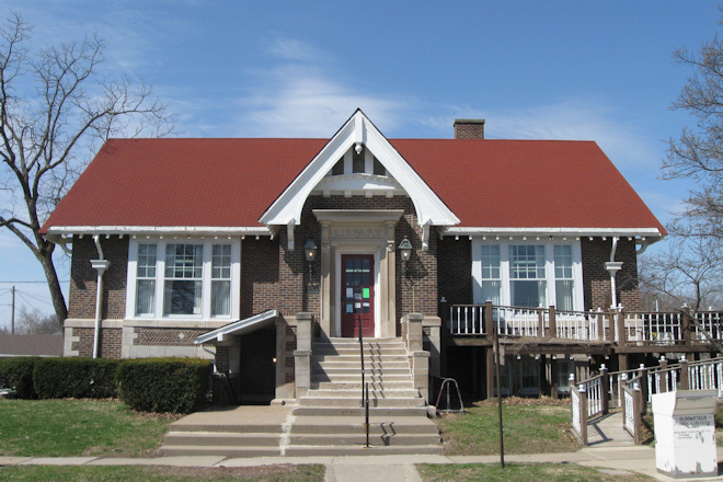 Public Library (Bloomfield, Iowa)