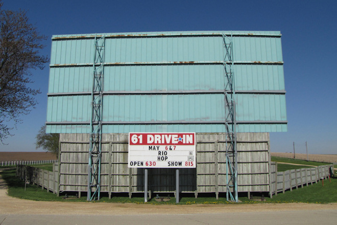 61 Drive-In Theater (Maquoketa, Iowa)