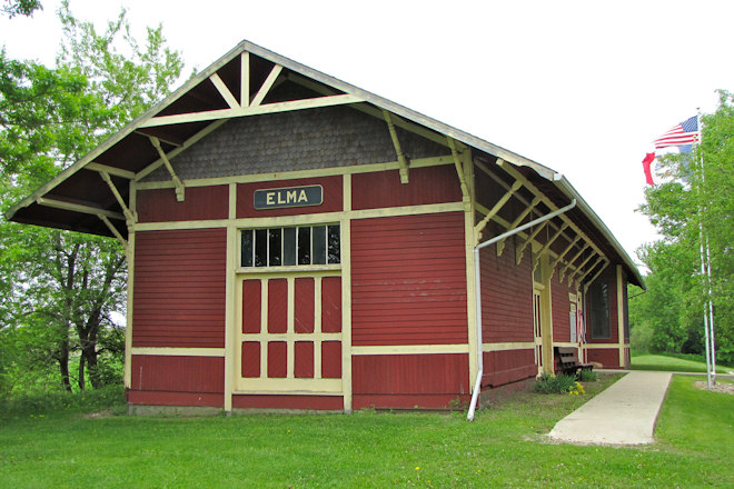 Depot Museum (Elma, Iowa)