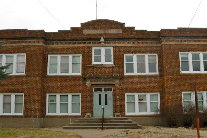 Former High School (Lovilia, Iowa)