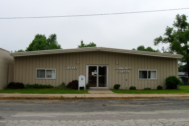 Public Library and Community Center (Murray, Iowa)