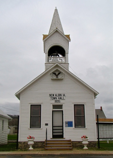 Town Hall (New Albin, Iowa)