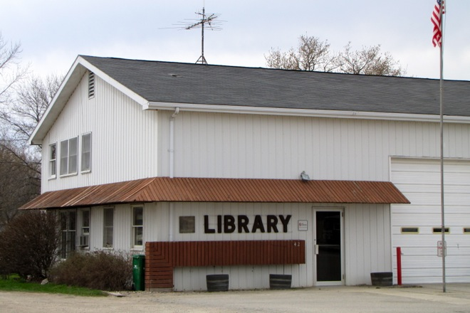 Public Library (Thompson, Iowa)